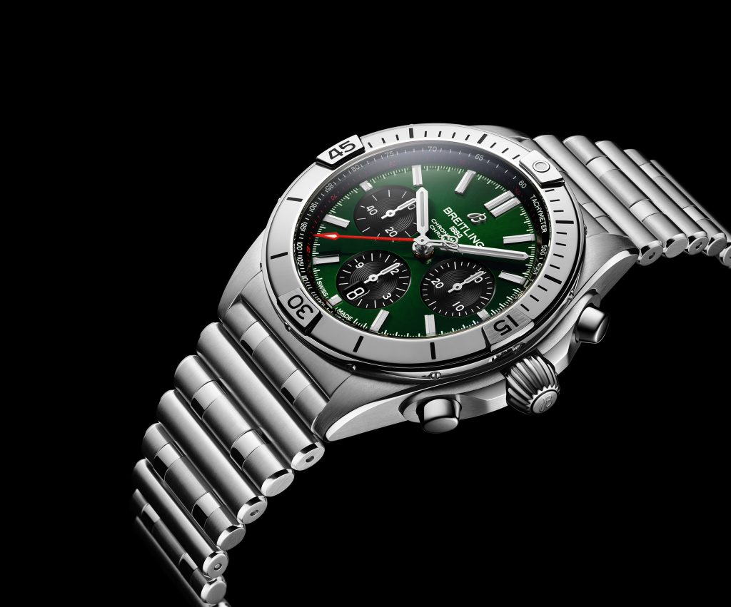 08 Chronomat B01 42 Bentley With A Green Dial And Black Contrasting Chronograph Counters 1024x851