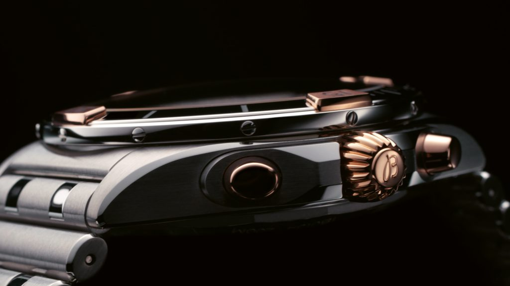 20 Detailed View Of The New Two Tone Chronomat S Bezel Case And Rouleaux Bracelet 1024x576